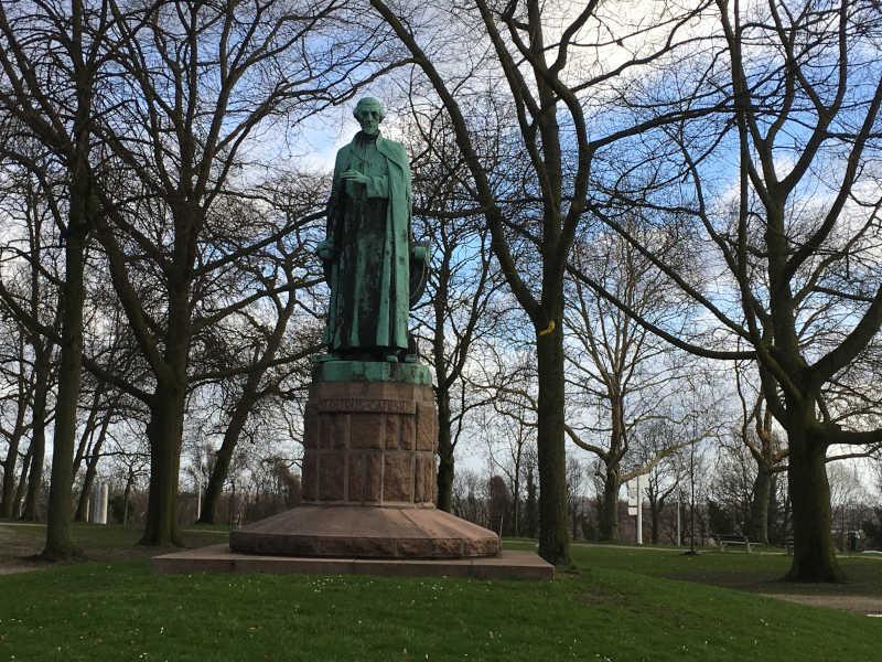 Wandelroute Nijmegen Lent Hunnerpark St. Petrus Canisius
